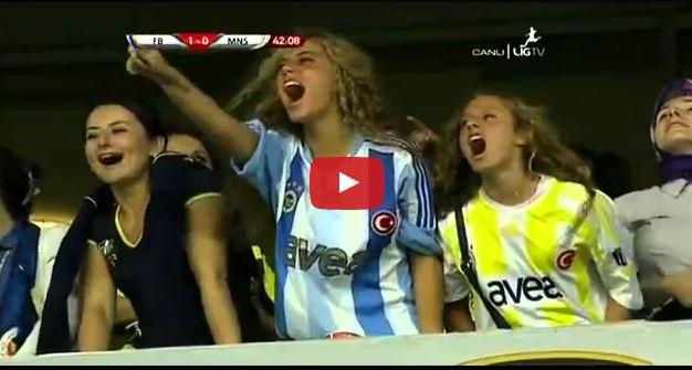 حضور 40 الف مشجعات تركيات بعد منع الرجال من حضور مباراة