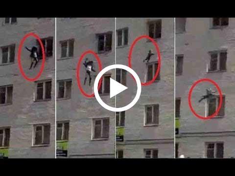 بالفيديو.. روسية تلقي أطفالها من الطابق الرابع كي تنقذهم من حريق
