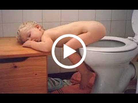 صور رائعه لاطفال ينامون بطرق مضحكه وغريبه ツ