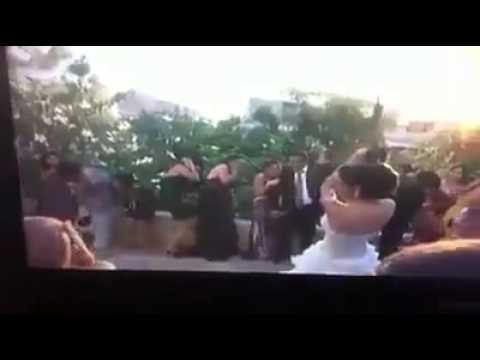 عروس لبنانية تطلق النار في الهواء في عرسها